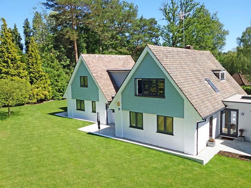 Familles services laval m nage repassage vitres for Nettoyage maison exterieur